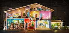 David LaChapelle,  Self-Portrait as House, Los Angeles, 2013