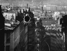 André Kertész, Broken Plate: Paris, 1929