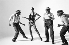 Arthur Elgort,  Linda Evangelista with Jazz Dancers, VOGUE, 1989