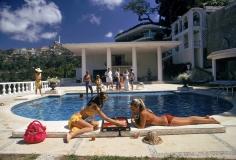 Guests at Villa Nirvana in Las Brisas, Acapulco, Mexico, 1972