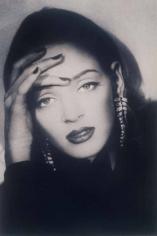 Sheila Metzner, Uma. German Vogue. 1992.
