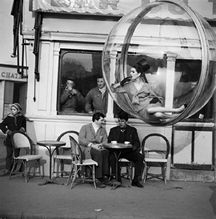 Melvin Sokolsky, Bar Du Taxi, Paris, 1963