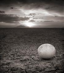 Nick Brandt, Abandoned Ostrich Egg, Amboseli, 2007