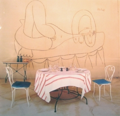 Horst,  Dining with Picasso: Monsiuer Douglass Cooper's home Chateau de Castille, 1973