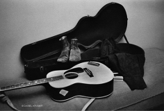 Daniel Kramer, Bob Dylan's Stuff in Dressing Room, Buffalo, New York, 1964