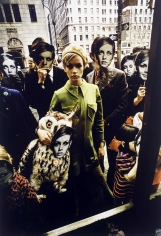Melvin Sokolsky, Twiggy, FAO Schwartz, New York, 1967