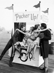 Ellen von Unwerth, Pucker Up!, New York, 2001
