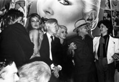 Anton Perich, Andy Warhol with Jerry Hall, Debbie Harry, Truman Capote, and Paloma Picasso, 1970s