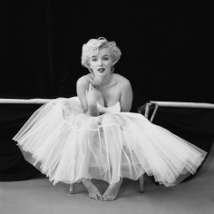 "Milton Greene,  Marilyn Monroe, New York, 1954 (""The Ballerina Sitting"")"