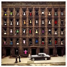 Ormond Gigli, Girls in the Windows, New York, 1960