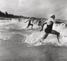 Max Dupain, Surf Race Start, 1940