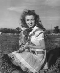 Andre De Dienes,  Norma Jeane, 1945