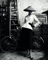 Patrick Demarchelier, Dior Haute Couture, Spring-Summer 1947, 2011