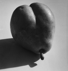 Andre de Dienes, The Pear, 1940s