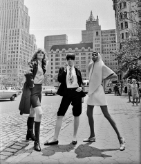 Harry Benson, Collen Osbourne, Peggy Moffitt, and Sonia Pugin, New York, 1967