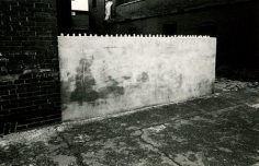 Mark Cohen - Untitled, Wilkes-Barre, PA, 1971 | Bruce Silverstein Gallery