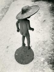 Werner Bischof - Hong Kong Child Refugee, 1952 Gelatin silver print | Bruce Silverstein Gallery