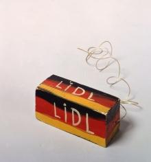 """""""LIDL-Block"""", 1967 painted wood, thread"""