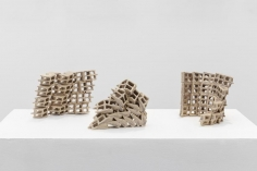 Nazgol Ansarinia, Attempts at building a wall, 2018, Glazed ceramic, Dimensions variable