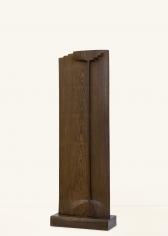 Chaouki Choukini, Roi, 1995, Wangué/Wenge, 144.5 x 50 x 22 cm