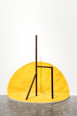 Ana Mazzei, Royale, 2018, Peroba wood, painted linen and magnets, 115x 122x 60cm