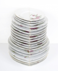 Nazgol Ansarinia, Mendings (plates), 2012, China plates, glue, Dimensions variable