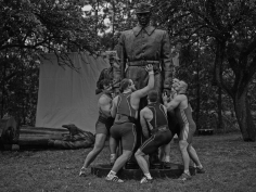 Christian Jankowski, Heavy Weight History (Brotherhood of Arms), 2013, 7 B/W photographs on baryt paper, 140 x 186.8 cm (each)