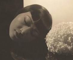 Edward Steichen - Anna Mae Wong, New York, 1930 | Bruce Silverstein Gallery