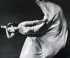 Barbara Morgan - Letter to the World (kick), Martha Graham, 1940 ; Bruce Silverstein Gallery