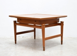 Side Tables / Frank Kyle