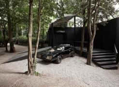 Shaun Gladwell-MADDESTMAXIMVS-Venice Biennale 2009