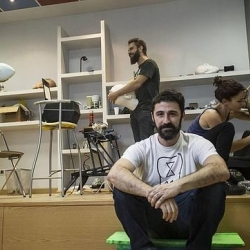 "Teamwork in the ""factory"" of Eugenio Merino neighborhood"