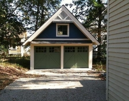 Lakeville Carriage House