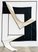 """Karen Carson, Two Right Angles, 1972. Unstretched canvas, zippers. 99"""" x 84"""" x 49"""". Dimensions variable."""