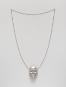 Gillian Wearing - Me as Necklace