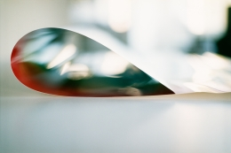 Wolfgang Tillmans, paper drop (London)