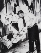 Picasso Painting Guernica, 2013