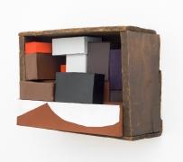 Crooked box, white curve, 2006, wooden box, cardboard boxes, flashe acrylic, housepaint