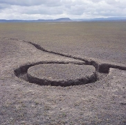 Michael Heizer, Isolated Mass / Circumflex, 1968