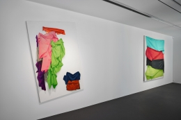 Installation view: Stephen Posen,Threads:Paintings from the 1960s and '70s,Vito Schnabel Gallery, St. Moritz