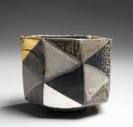Ajiki Hiro (b. 1948), Faceted diamond-checkerboardbasarateabowl