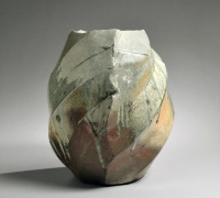 Nishihata Tadashi (b. 1948), Large vessel with diagonally carved bands covered in a thick, dripping Tamba-style ash glaze