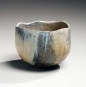 Ash-glazed slightly lobed teabowl with undulating rim, 2016