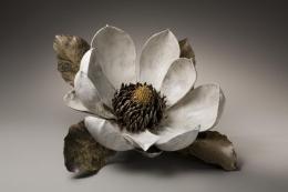 Sugiura Yasuyoshi, Japanese stoneware, Japanese ceramic sculpture, magnolia, 2008