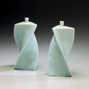 Yagi Akira, Japanese celadon porcelain, Japanese seiji, Japanese glazed porcelain, 2011, Japanese twisted triangular forms