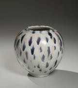 Roundtsubo(vessel) decorated with splashes in indigo blue glaze, ca. 1950