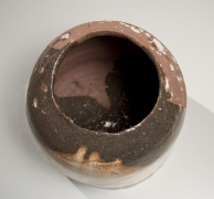 Koie Ryōji (1938-2020), Wide-shouldered and broad-mouthed vessel partially glazed with dark brownish-purple glaze and splashed creamy white glaze