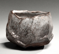 Kaneta Masanao (b. 1953), Almost straight-walled teabowl with irregular mouth, and Hagi glaze