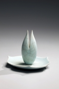 Kawase, Shinobu, Kawase Shinobu, celadon, seiji, blue, green, incense burner, incense, burner, small, lotus, ceramics, Japanese, contemporary, 2008, glazed, porcelain, stoneware, porcelaneous, crackled