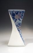 Imaizumi Imaemon XIV (b. 1958), Vase with Flowers in Chintz Patterning
